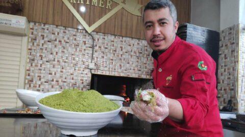 Gaziantep'in yeni lezzeti: Meyveli katmer