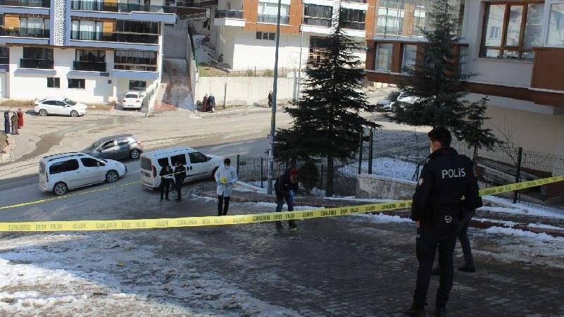 Bir kadın cinayeti daha... Sokak ortasında vurdular