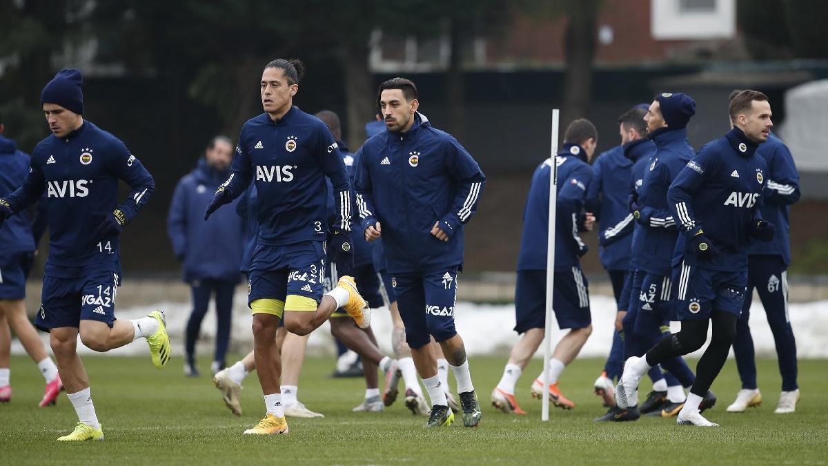 Fenerbahçe'den İrfan Can Kahveci ve Luiz Gustavo açıklaması