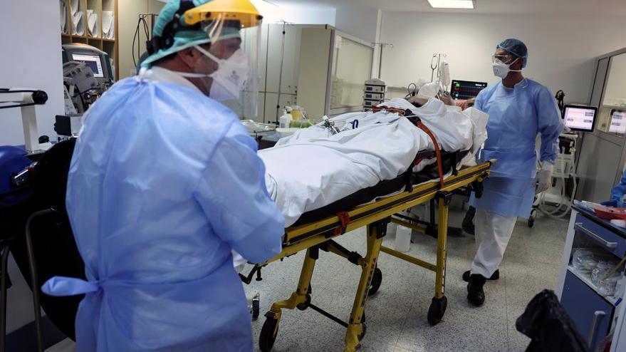 Mutasyona uğramış corona virüsü yüzde 64 daha ağır