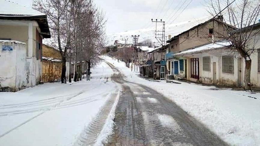 Kayseri'de 225 haneli mahalleye corona virüsü karantinası