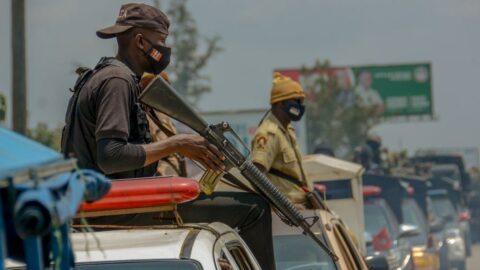 Nijerya'da okula baskın: Öğrencileri kaçırdılar