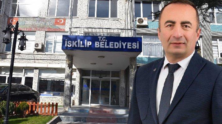 AKP ve MHP'den MHP'li belediye başkanı hakkında suç duyurusu