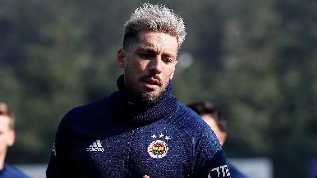 Fenerbahçeli Jose Sosa'yı hırs bastı!