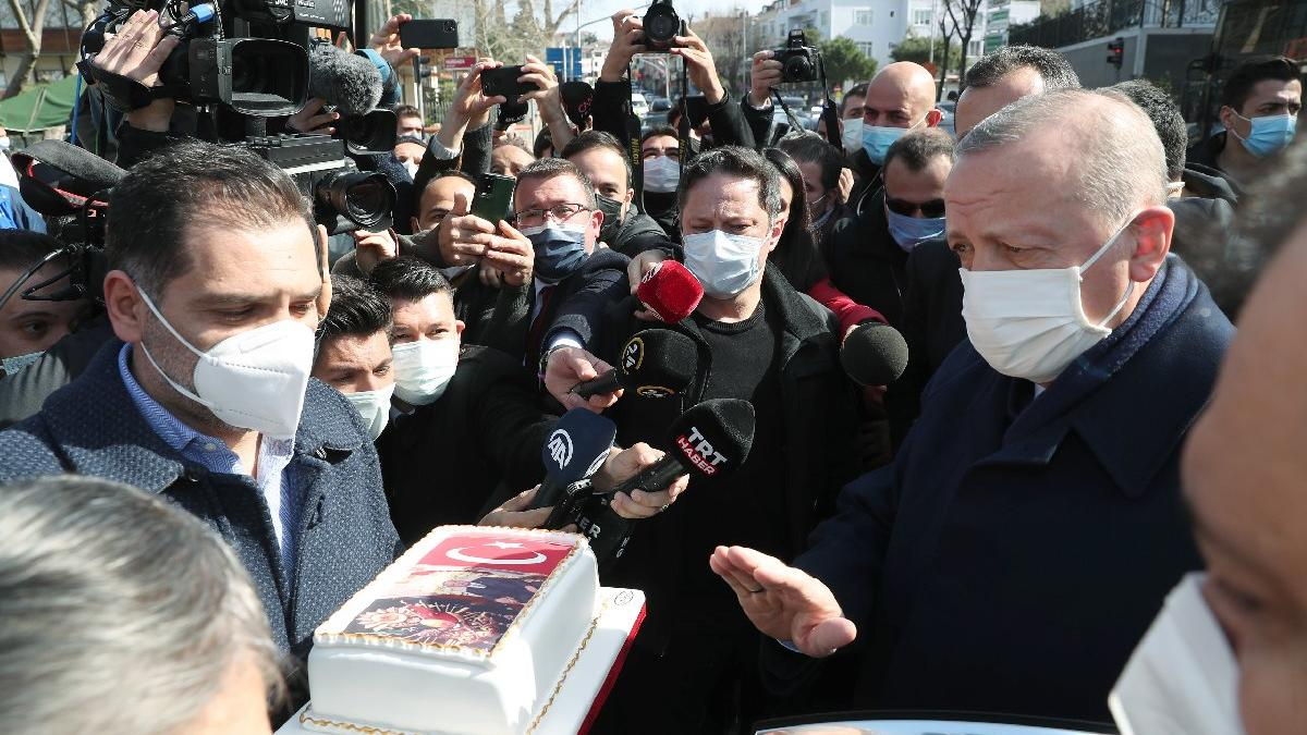 Erdoğan'a doğum günü sürprizi: Dikkat çeken pasta