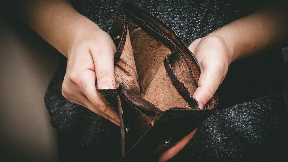 Dört kişilik ailenin yoksulluk sınırı 8 bin 856 TL'ye yükseldi