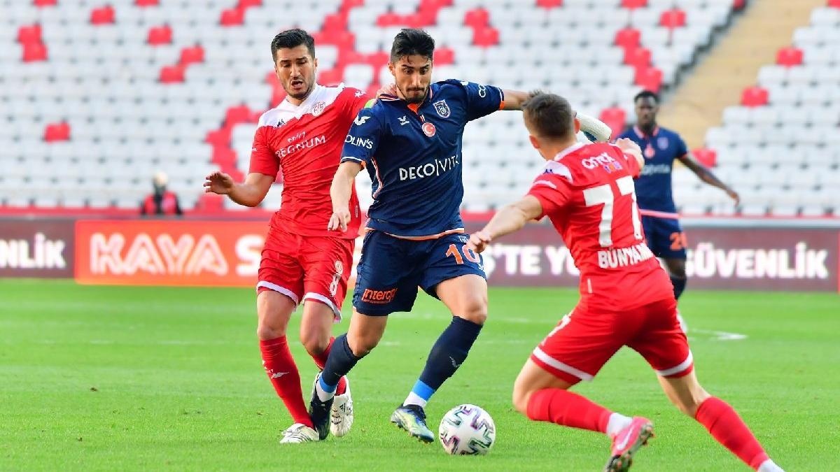 Antalyaspor ile Başakşehir'in pozisyonsuz maçında seriler devam etti
