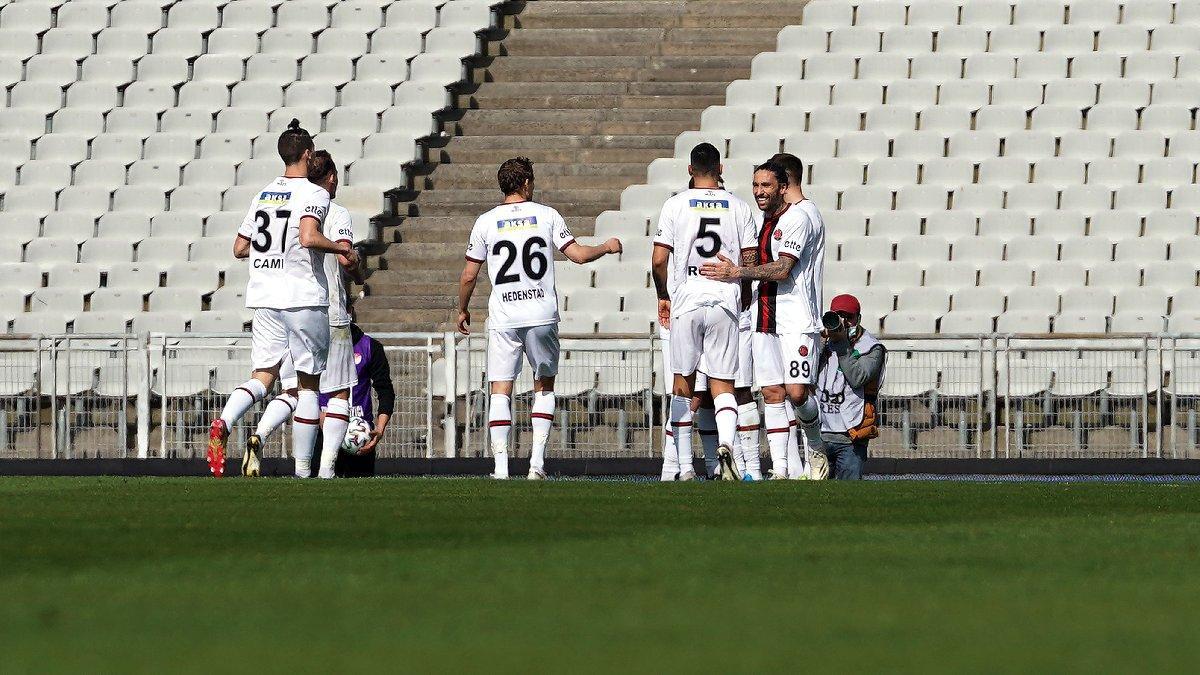 Fatih Karagümrük, Alanyaspor'u eli boş yolladı: 2-0