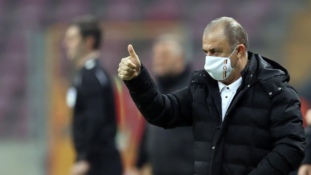 Galatasaray Mart'a yine lider girdi! 7'de 7 yapmıştı...