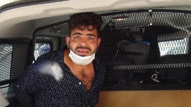 Soğukkanlı gazeteci dolandırıcıları yakalattı