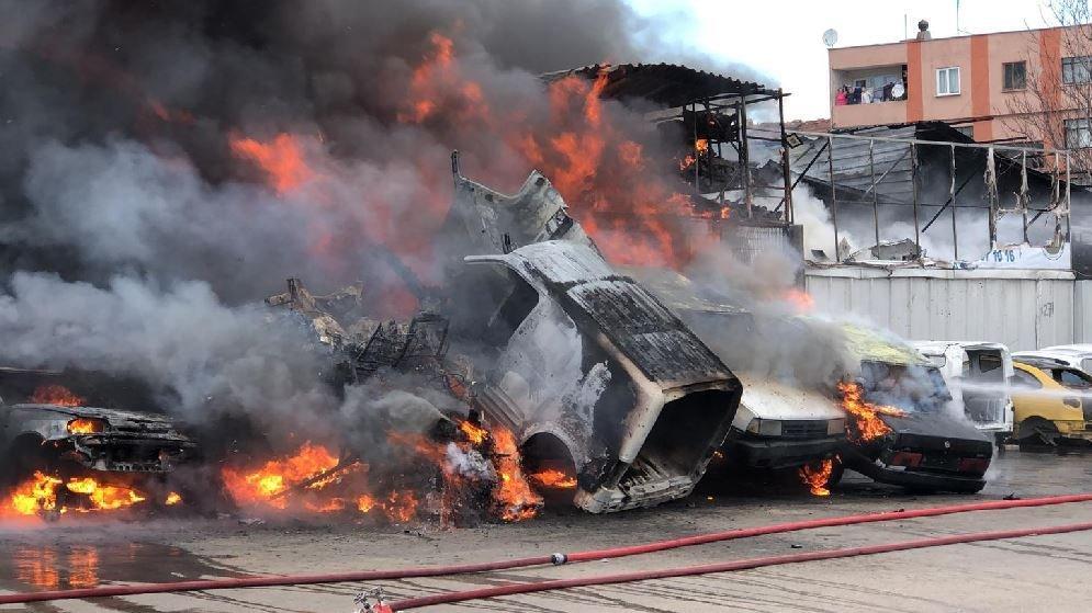 Bursa'da yangın: Dumanlar kentin her noktasından görüldü