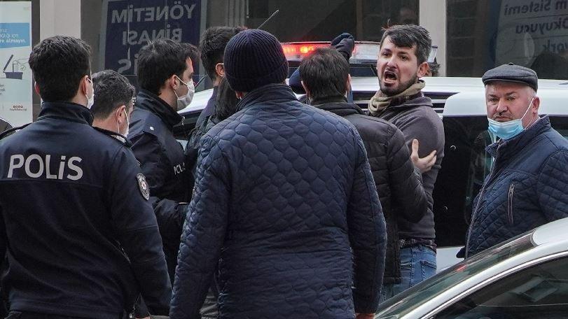 Kaçak yapıyı ihbar eden baba oğula silahlı saldırı