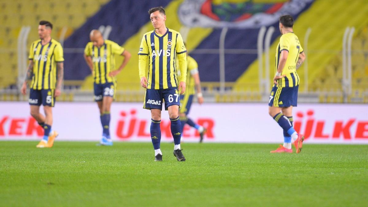 Fenerbahçe-Antalyaspor maçında puanlar paylaşıldı... Kadıköy kabusu sürüyor