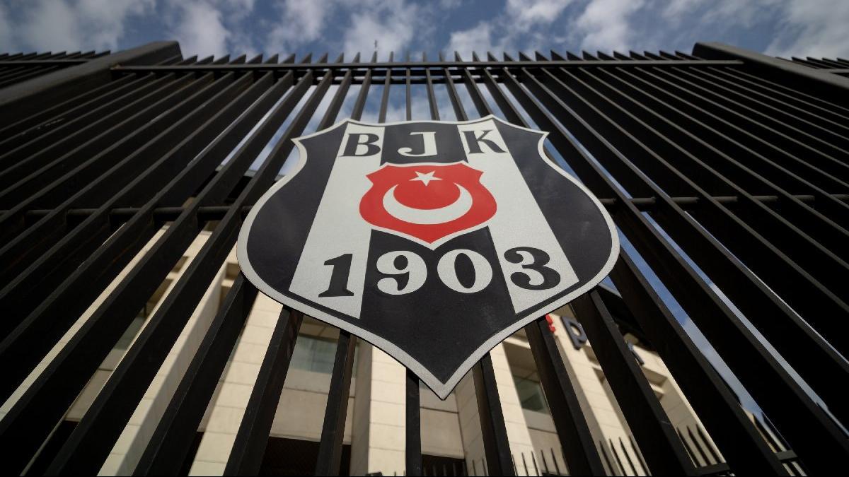 Beşiktaş'tan sert açıklama: HAKKI'yla kazananların ŞEREF'li şampiyonluklar....