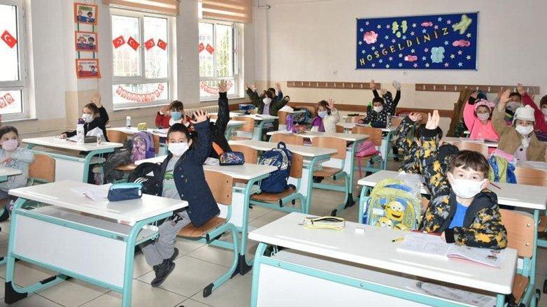 Çocukları okulda coronavirüsten koruma rehberi