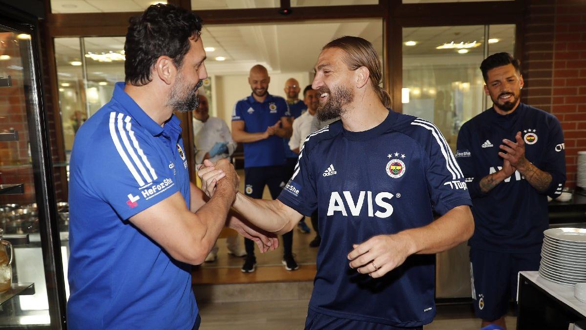 Fenerbahçe'de Caner Erkin belirsizliği! Takıma ne zaman dahil olacak?