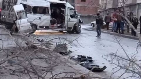 İtfaiye aracı işçi servisi ile çarpıştı: 1 ölü, 11 yaralı