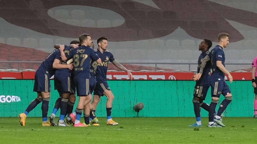MAÇ SONUCU | Konyaspor 0-3 Fenerbahçe (Süper Lig 29'uncu hafta)