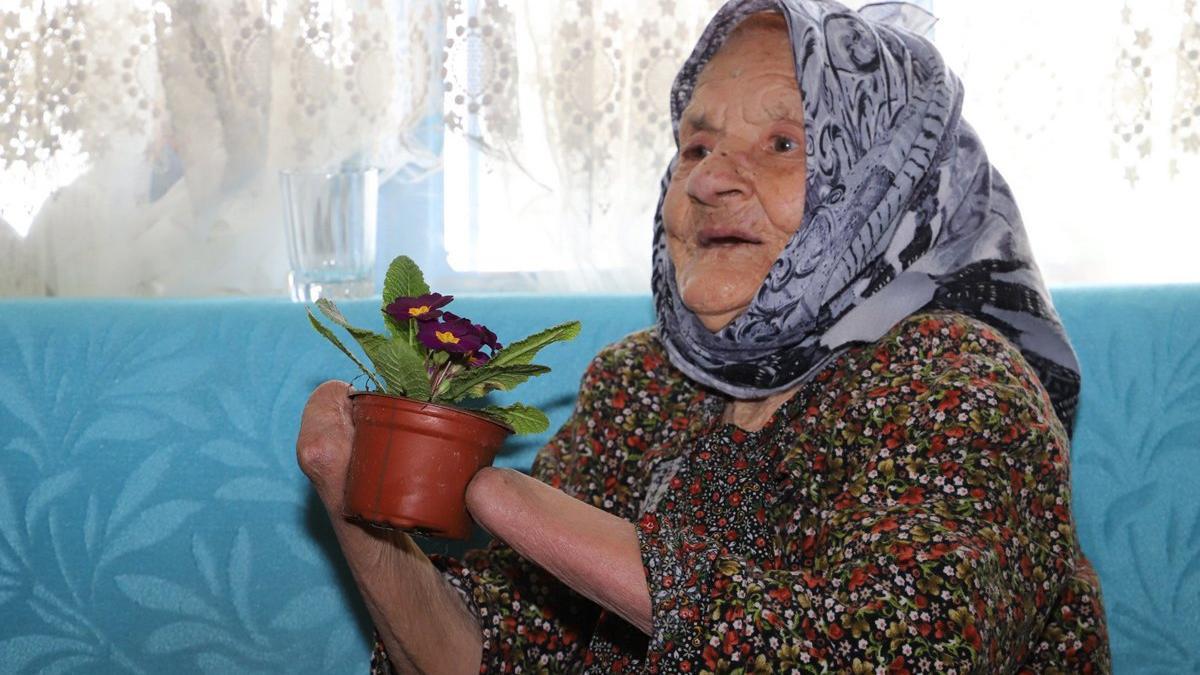72 yıllık bir vahşet hikayesi! Kocası tırpanla iki elini bileklerinden kesti