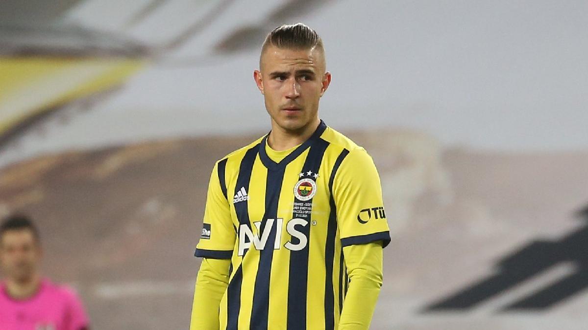 Fenerbahçe'ye Pelkas'tan kötü haber! Hastaneye götürüldü