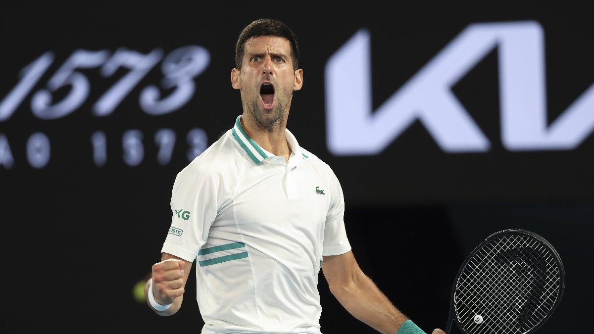 Novak Djokovic, Roger Federer'i geçti