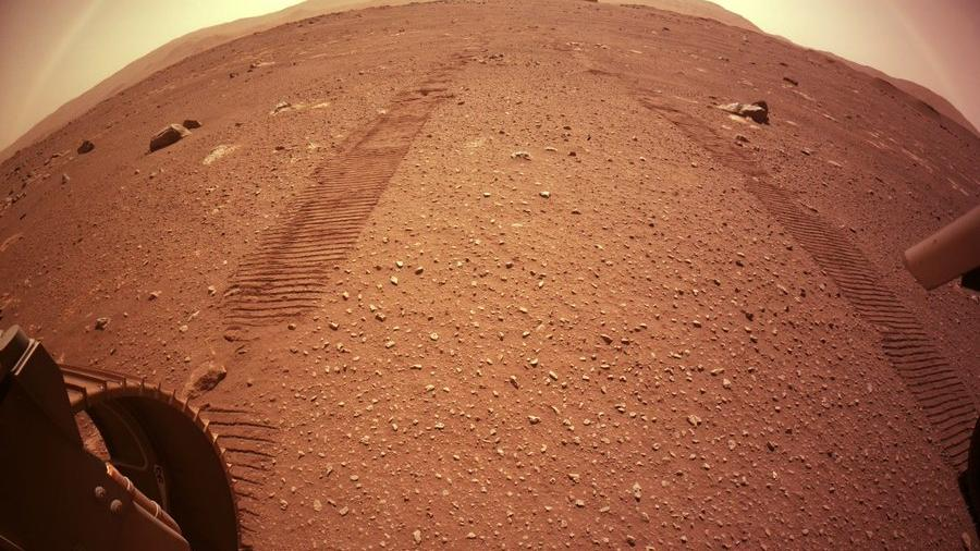 Perseverance 70 metreye ulaştı... Mars'tan yeni fotoğraf yolladı