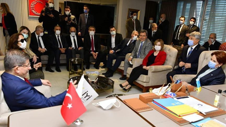 Ahmet Davutoğlu, Meral Akşener'e ziyaretinin sebebini açıkladı: Hem nezaket hem dayanışma