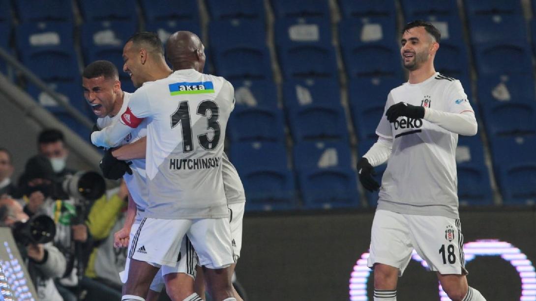 Beşiktaş'ın asist makinesi Ghezzal!