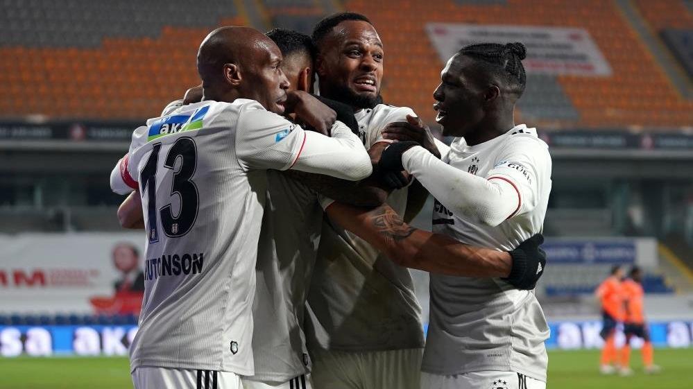 Beşiktaş, Başakşehir'i 7 yıl sonra deplasmanda yendi