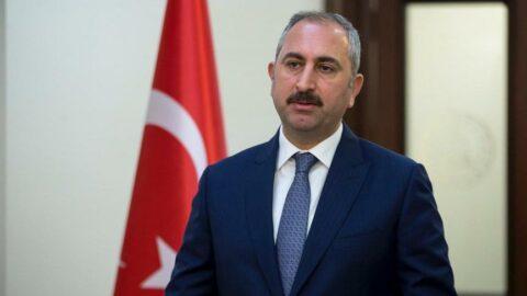 Adalet Bakanı Gül'den hakim ve savcılara: Anayasadan başka hiçbir yerden emir almayacaksınız