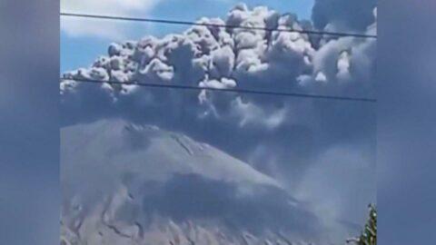 San Cristobal Yanardağı şehri külle kapladı