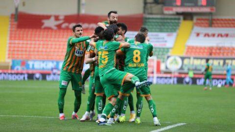Alanyaspor, Antalyaspor'un süper serisini farkla bitirdi!