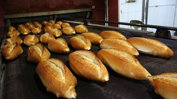 Bir ilçede yeni corona kararı: Pazar günleri ekmek çıkmayacak