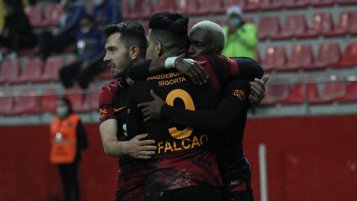 Galatasaray, Kayserispor'u yıldızlarıyla devirdi: 0-3