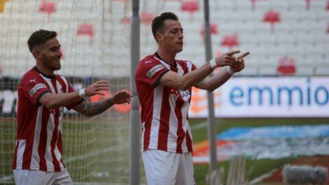 Sivasspor, Karagümrük'ü yenerek seriye devam etti