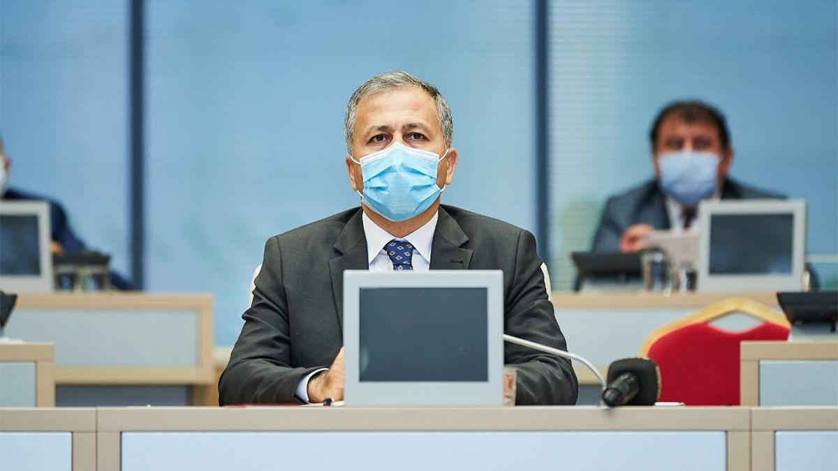 Vali Ali Yerlikaya, İstanbul'da coronadan ölen sağlık çalışanı sayısını açıkladı