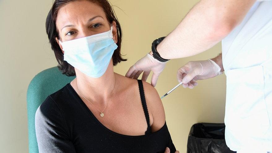 AstraZeneca aşısı olduktan sonra ölen kadının detayları ortaya çıktı