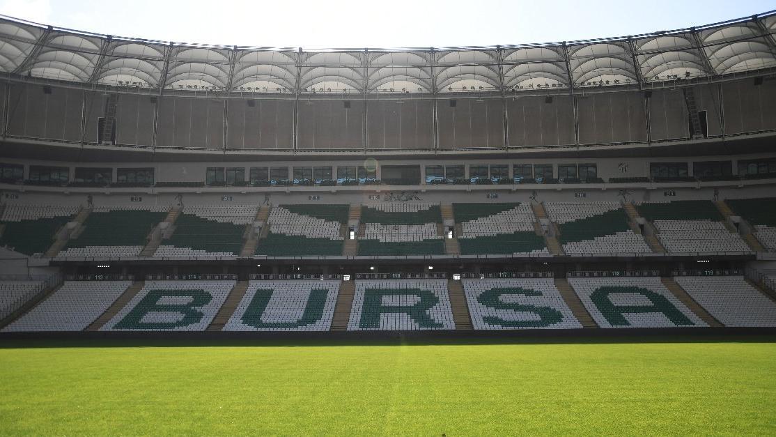 Bursaspor stadının ve tesislerinin elektrikleri kesildi