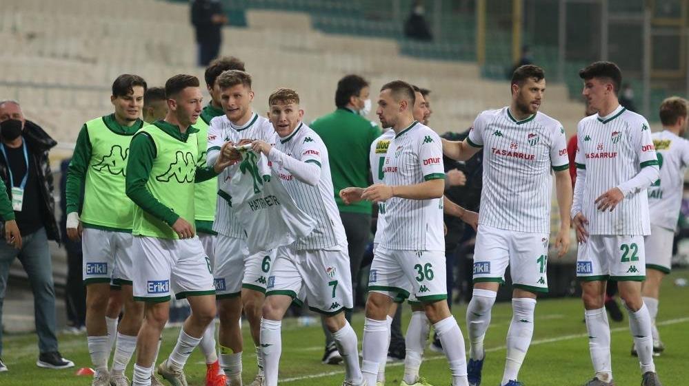 Bursaspor'da futbolcular açıkladı: Tek kuruş para alamadık