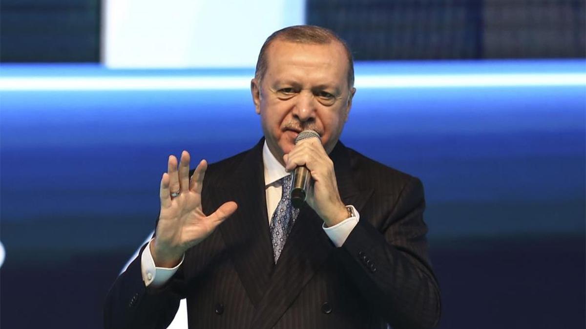Recep Tayyip Erdoğan bu kez 'lebaleb' yerine 'tıklım tıklım' demeyi tercih etti