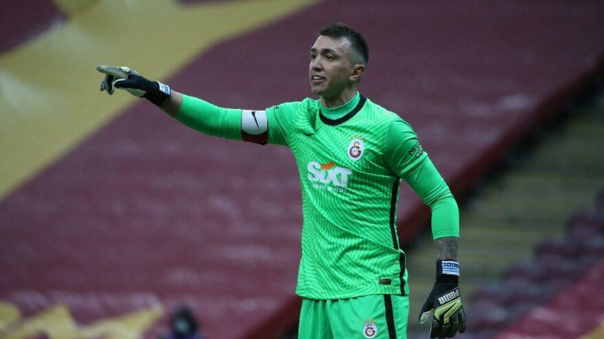 Galatasaray'da Fernando Muslera ile anlaşma tamam! İmzalar atılıyor…