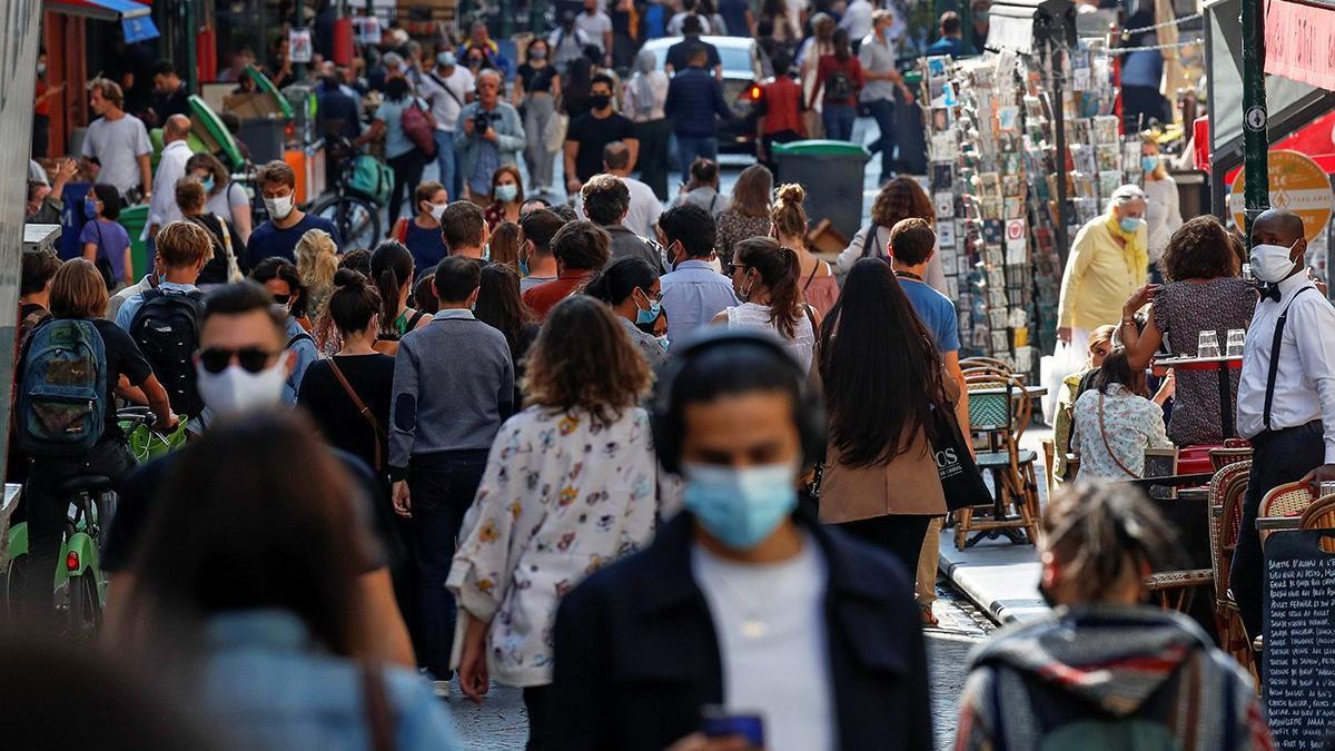 Fransa'da son 24 saatte 6 bin 471 yeni vaka