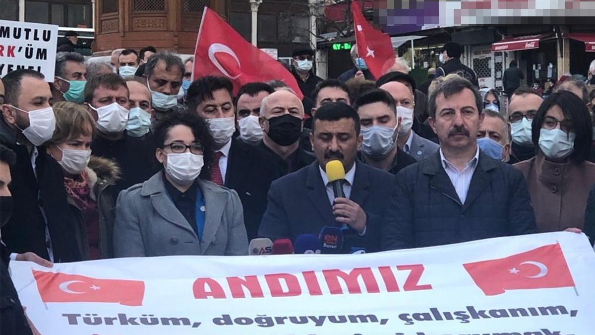 Danıştay'ın 'andımız' kararı protesto edildi