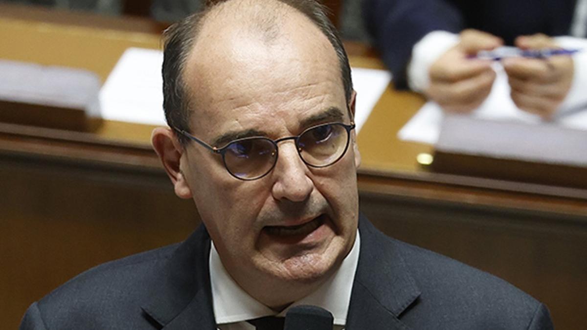 Fransa Başbakanı Castex: Bir tür 3'üncü dalganın bir içindeyiz