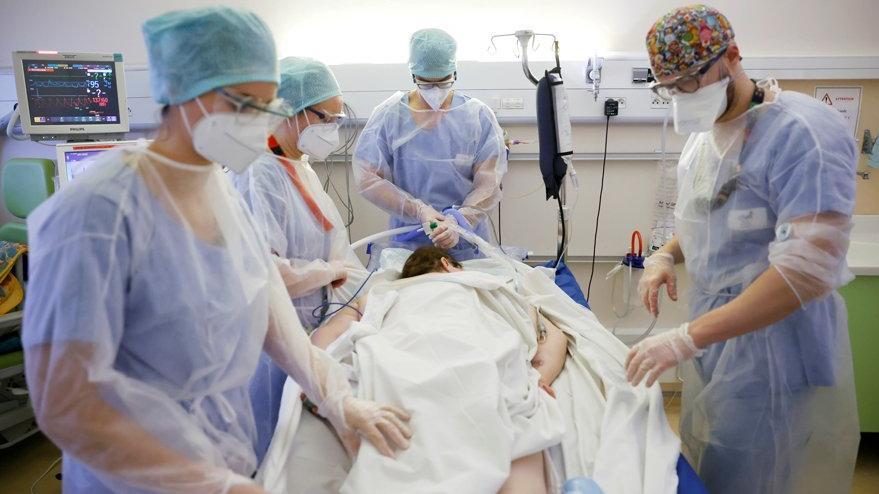 Fransa'da yeni bir corona virüsü mutasyonu tespit edildi