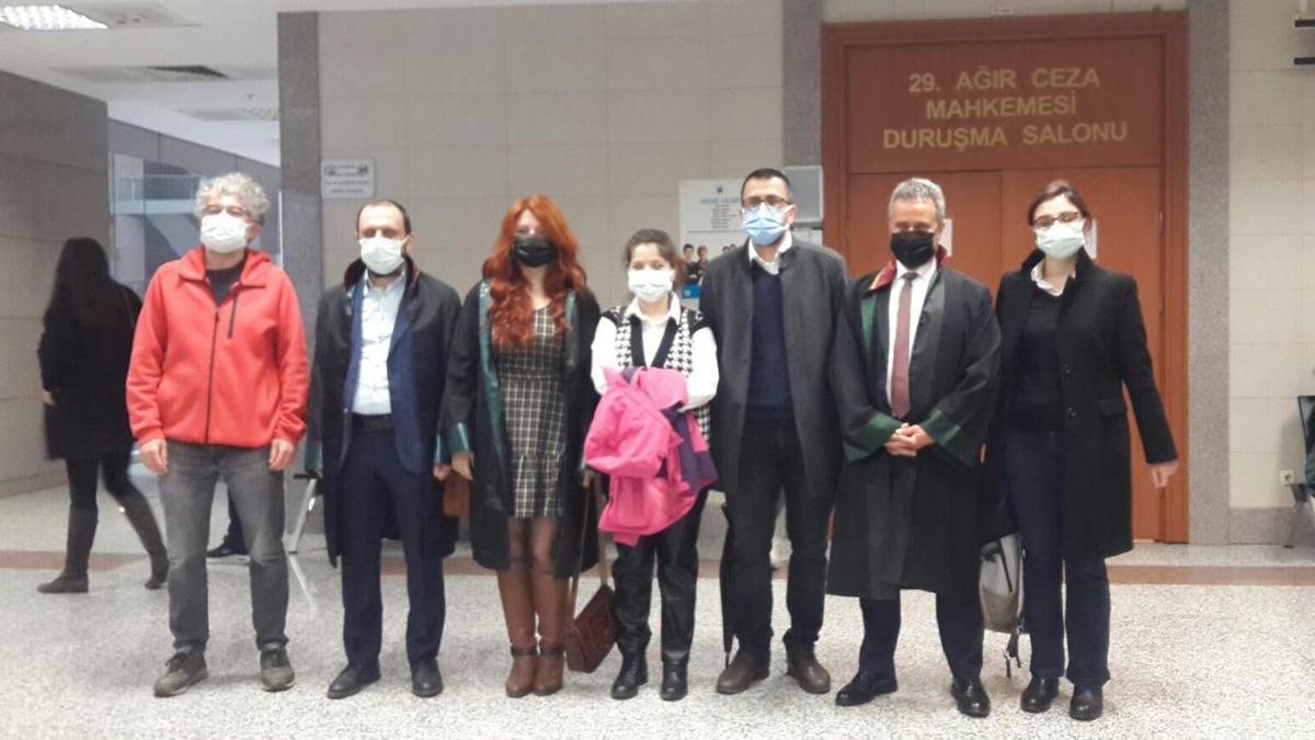 'Sabıkalı savcı' haberinden yargılanan gazeteciler beraat etti