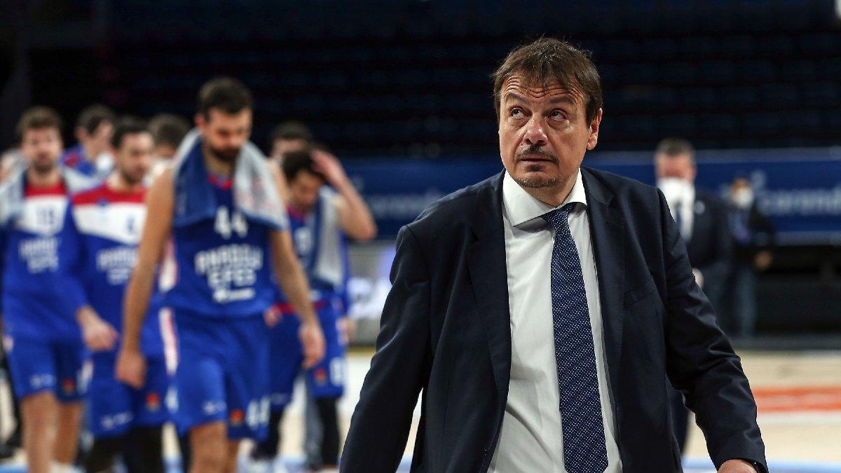 Ergin Ataman: Umarım birileri masa başında sezonu iptal etmez
