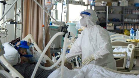 Bilim insanlarından yaşlılara corona virüsü uyarısı: Çok dikkat edin