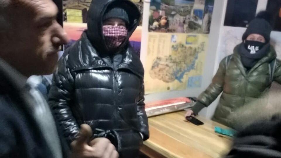 ABD ve Kanadalı turistler Nemrut Dağı'nda mahsur kaldı