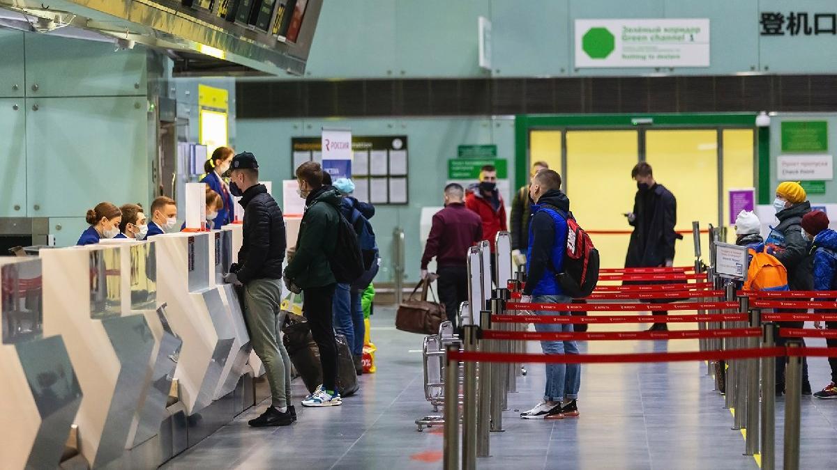 Turizmde aşı pasaportu mecburiyeti: AB vatandaşları gezecek, Türkler bekleyecek